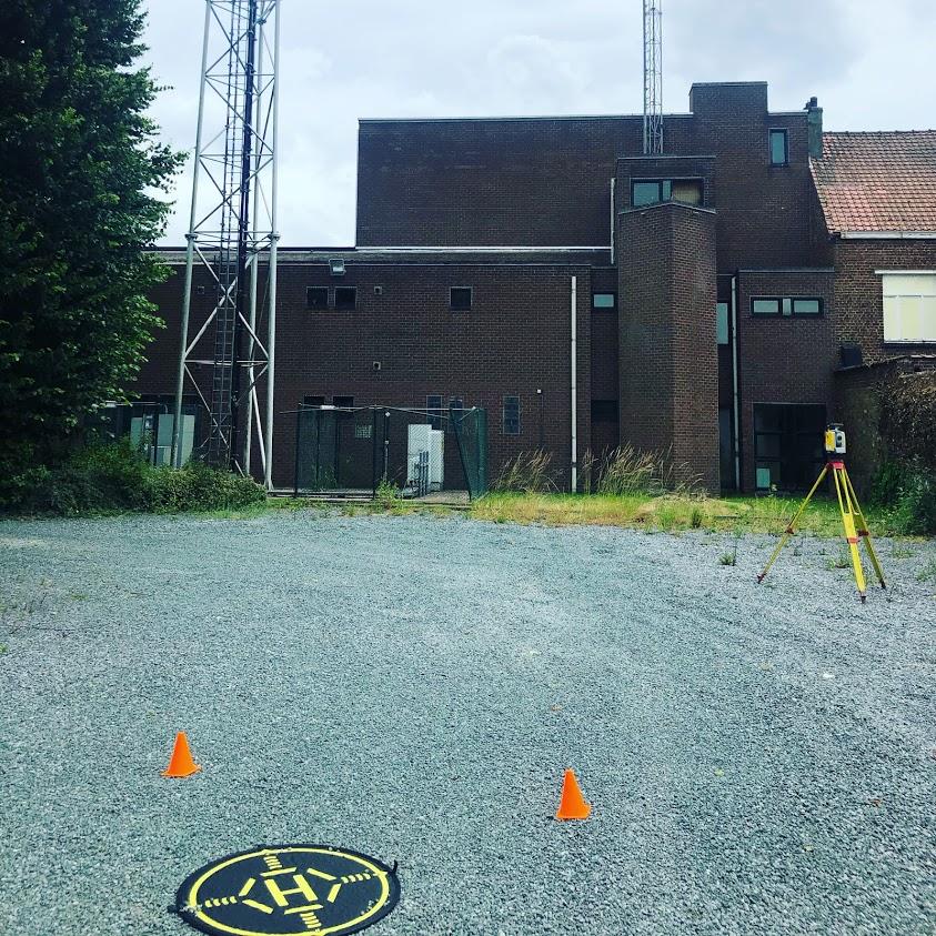 landmeter en drone piloot